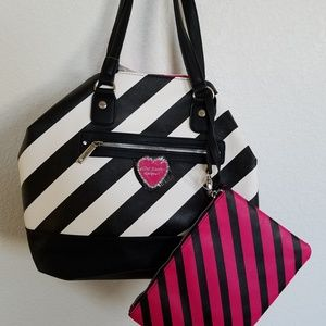 betsey Johnson large trap tote
